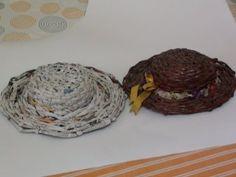 How to make a big Paper Hat part 1 Newspaper Hat, Newspaper Crafts, Paper Clay, Paper Mache, Diy Hat, Art N Craft, Paper Basket, Hat Making, Art Lessons