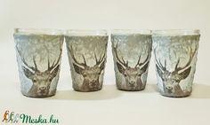 Szarvasos röviditalos pohárszett vadászoknak szarvas motívummal (Biborvarazs) - Meska.hu Deer Decor, Shot Glass, Decoupage, Tableware, Dinnerware, Tablewares, Dishes, Place Settings, Shot Glasses