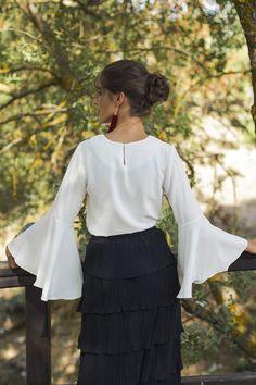 Look invitada perfecta boda vestido largo falda larga manga larga blanco negro  Wild Pony 38d6e50c1f4f