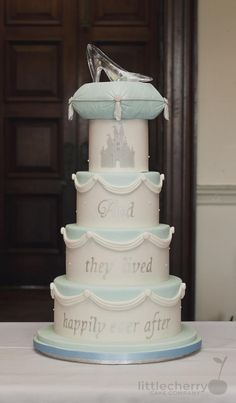 Cinderella Cake - Cake by Little Cherry
