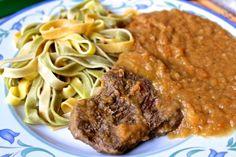 Falešná svíčková omáčka aneb jde to i bez smetany! Steak, Spaghetti, Beef, Ethnic Recipes, Food, Meat, Essen, Steaks, Meals