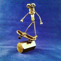Custom made scrap metal art harley Davidson drag bike metal art sculpture U Craft, Harley Davidson, Drag Bike, Metal Art Sculpture, Scrap Metal Art, Junk Art, Welding Art, Steel Jewelry, Metal Crafts