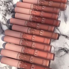 Shared by 𝓔𝓶𝓶𝓪. Find images and videos about beauty, makeup and lipstick on We Heart It - the app to get lost in what you love. Kylie Makeup, Skin Makeup, Makeup Brushes, Kylie Jenner Makeup Products, Kylie Jenner Lipstick, Makeup Items, Makeup Brands, Best Makeup Products, Makeup Tools