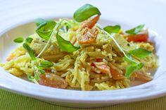 Nopea broilerikastike Finnish Recipes, Koti, Flora, Dinner, Ethnic Recipes, Dining, Plants, Dinners