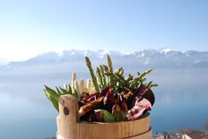 Fresh and just on time for Vevey, Asparagus, Easter, Fresh, Food, Studs, Easter Activities, Eten, Meals
