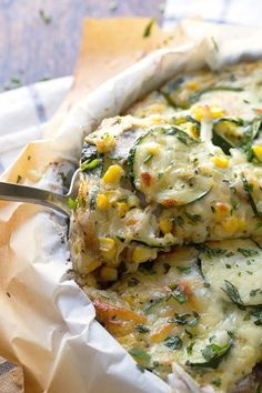 Sweet Corn and Zucchini Pie - SO YUMMY. an easy, cheesy, crustless pie that's ready in 30 minutes. 275 calories. | pinchofyum.com #vegetaria...