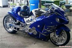Harley Davidson News – Harley Davidson Bike Pics Blue Motorcycle, Futuristic Motorcycle, Suzuki Motorcycle, Motorcycle Design, Motorcycle Gear, Yamaha Scooter, Street Motorcycles, Street Bikes, Custom Motorcycles