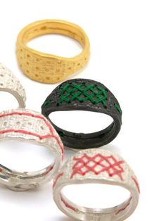 """""""fil"""" ring with embroidery"""