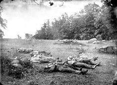 Confederate Dead Gettysburg_thumb[2].jpg (401×294)