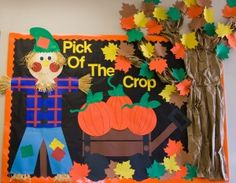 fall bulletin board ideas kindergarten - Pich of the Crop Scarecrow with pumpkins and tree with fall leaves. Thanksgiving Bulletin Boards, November Bulletin Boards, Classroom Bulletin Boards, Classroom Decor, Halloween Bulletin Boards, Classroom Walls, Ideas Decoracion Salon, Fall Boards, Autumn Display Boards