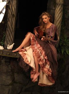 Taylor Swift as Rapunzel –Photography by Annie Leibovitz