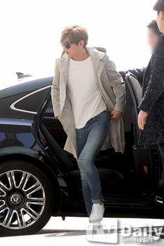 Bellooooo mi amor en el aeropuerto de Incheon rumbo a Hong Kong