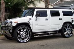 Top Luxury Cars Women Are Most Attracted To – Hummer Hummer H2, Hummer Cars, Hummer Truck, Preppy Car Accessories, New Luxury Cars, Luxury Van, Bmw Models, Suv Cars, Premium Cars