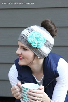 Called a ponytail hat and a messy bun hat, this crochet pattern is great for cold days when you don't feel like fixing your hair. Whip one up in under an hour. Free crochet pattern from Daisy Cottage Designs.