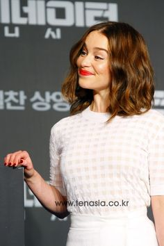 July 01: Terminator Genisys Seoul Press Conference - 0701 tgkoreanpressconference 0028 - Adoring Emilia Clarke - The Photo Gallery