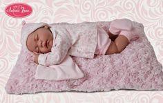 Sorteo Muñecas Antonio Juan Reborn Babies, Baby Car Seats, Baby Dolls, Toddler Bed, Children, Board, Home Decor, Vestidos, Antique Dolls