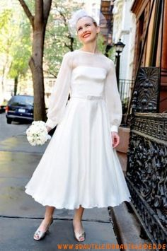 uniques  Brautkleid  aus Chiffon  A-Linie