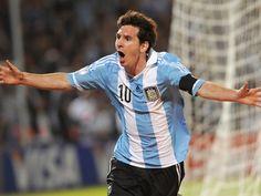 Lionel Messi equals Argentina all-time goalscoring record #Argentina #Football