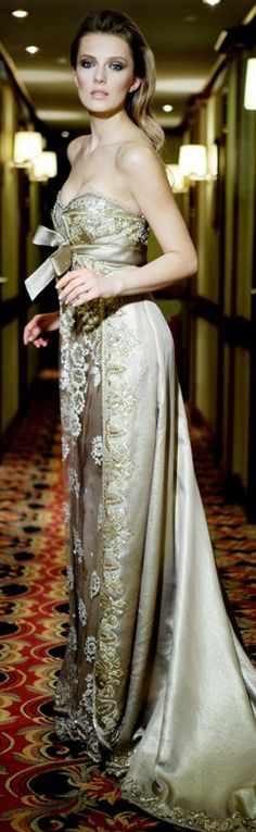 Terani Couture dresses are worn by the world's most stylish women. From prom, evening, to red carpets and pageant stages. Crazy Dresses, Pretty Dresses, Beautiful Dresses, Long Dresses, Terani Dresses, Beautiful Evening Gowns, Terani Couture, Glamour, Couture Dresses