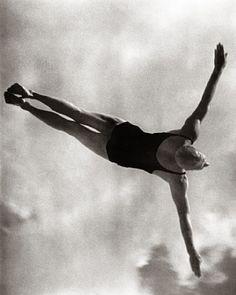 Leni Riefenstahl, Gold Medal Winner in the Men's High Diving
