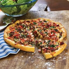 Find information, promotions and recipes showcasing the entire family of great-tasting Hellmann's® mayonnaise products here. Pizza Rustica, Stromboli, Calzone, Pizza Recipes, Great Recipes, Recipe Ideas, Hellmans Recipes, Mayonnaise, Cheese Crust Pizza