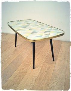 Table Basse Vintage Années 60 Revisitée