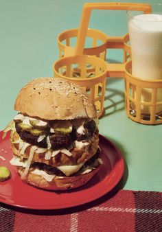 For the Big Max burger, the hardest thing here is the sauce, and that is a cinch, so you're in for an easy ride. @raincoastbooks @hardiegrant #MaxsPicnicBook #burger #hamburger #picnic