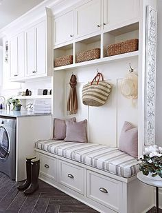 21+Laundry+Rooms+That+Will+Make+You+Want+to+Do+Laundry+via+@PureWow