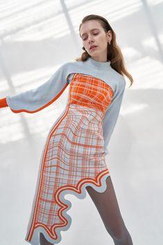 Couture Fashion, Runway Fashion, Womens Fashion, Fashion Trends, Look Fashion, Fashion Show, Fall Fashion Week, High Fashion Looks, Kleidung Design