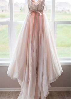 Romantic Organza Sweetheart Neckline A-line Wedding Dresses