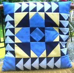 Kissen für Karin Quilts, Blanket, Bed, Pillows, Stream Bed, Quilt Sets, Blankets, Log Cabin Quilts, Beds