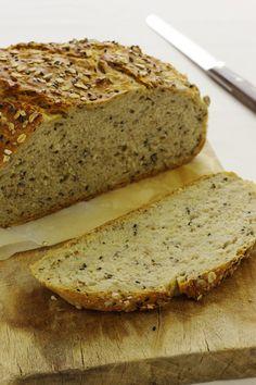Cookbook Recipes, Lunch Recipes, Cooking Recipes, No Salt Recipes, Bread Recipes, Healthy Recepies, Bread Board, Portuguese Recipes, Pain