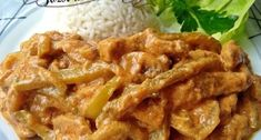 Falešný stroganoff z kuřecího masa – tohle trumfne i originál. Turkey Recipes, Keto Recipes, Chicken Recipes, Cooking Recipes, Modern Food, Meat Chickens, Food 52, Pork, Food And Drink