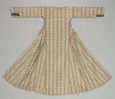 Kaftan (Coat), 1700s  Iran, 18th century  embroidery, silk