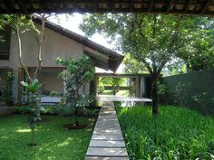 ADI PURNOMO /  ARCHITECT INDONeSIA ATELIER DIA  TJANTEK