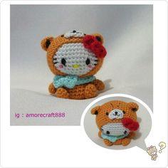 Amigurumi Hello Kitty dress as Tiny Chum
