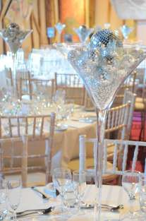 Martini vase with mirror balls