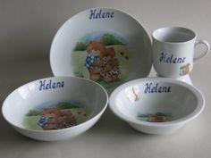 Setbestellungen von Kindergeschirr aus weißem Porzellan mit den verliebten Teddies und Namen
