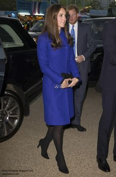 Kate in Reiss for Rugby World Cup Opening Ceremony.
