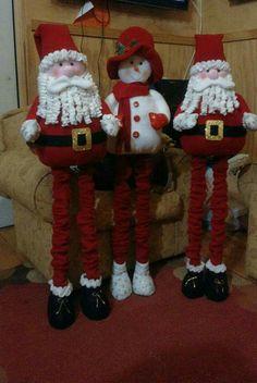 1 million+ Stunning Free Images to Use Anywhere Christmas Snowman, Christmas Lights, Christmas Stockings, Christmas Crafts, Christmas Decorations, Xmas, Christmas Ornaments, Holiday Decor, Merry Christmas