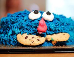 Cookie Monster birthday cake. Photo by Flickr/tanya_little