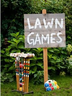 Summer Wedding Ideas Lawn games like croquet, bocce ball, beanbag toss and horseshoes are simple to set up and easy for kids and adults to play during cocktail hour and after dinner. Not a bad idea when there's a big gap between wedding Reception Games, Wedding Reception Planning, Reception Ideas, Reception Signs, Ceremony Signs, Reception Activities, Wedding Activities, Trendy Wedding, Summer Wedding