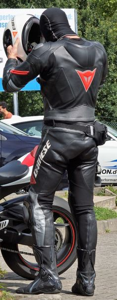 Best Motorbike, Motorcycle Suit, Biker Boys, Biker Gear, Mens Gear, Bikers, Motorbikes, Cloths, Leather Pants
