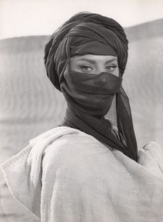 What a Dornish woman wears when crossing the marches, Sophia Loren.
