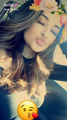Bruh her makeup is always on fleek Snapchat Selfies, Snapchat Girls, Snapchat Streak, Girl Photography Poses, Tumblr Photography, Girls Dp, Cute Girls, Snap Chat, Selfie Poses