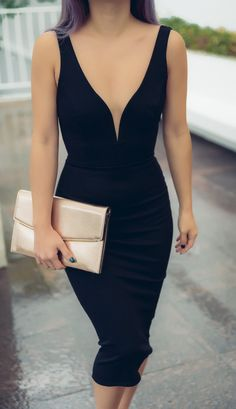 The perfect body hugging LBD @Lulusdotcom #lovelulus