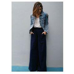 Bom diaaa sabe quando você fica muito feliz com o look? Então é hoje  essa calça da #alexandreherchcovitchparacea vestiu MARAVILHOSAMENTE bem  e a jaqueta da #joulikparacea   Calça R$ 99,90,  jaqueta R$ 224,90 ambos @cea_brasil e blusa @ateliecarolgarcia bem antiga. O sapato é um basico de bico redondo da Century 21. Gostaram?