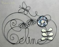 Creative with wire Wire Crafts, Metal Crafts, Wire Wrapped Jewelry, Wire Jewelry, Sculptures Sur Fil, Stylo 3d, Wire Letters, Copper Wire Art, Bijoux Fil Aluminium