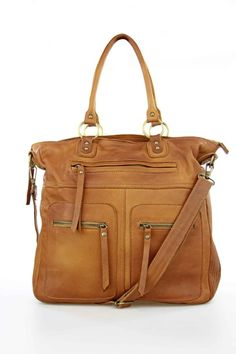 Bolso piel doble asa, bolsillos, leather bag, pockets, brown, Complementos, accesorios, bolsos, bags, System Action, shop online, lookbook, model, street Style, SS2015, PV2015, new collection, details, beautiful, clothes, ropa, accessories