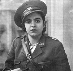 "Spanish Civil War 1936-1939. Carmen Fernández, lieutenant in the Republican ""Steel Battalion""."
